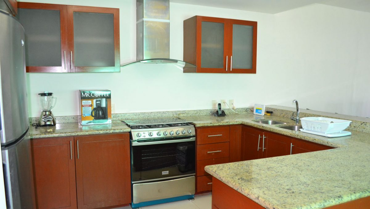 torre-diamante-10-puerto-vallarta-long-term-condo-rental-2