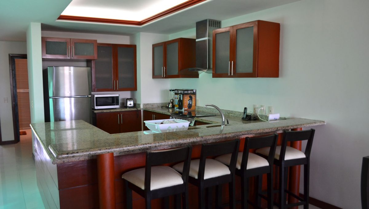 torre-diamante-10-puerto-vallarta-long-term-condo-rental-6