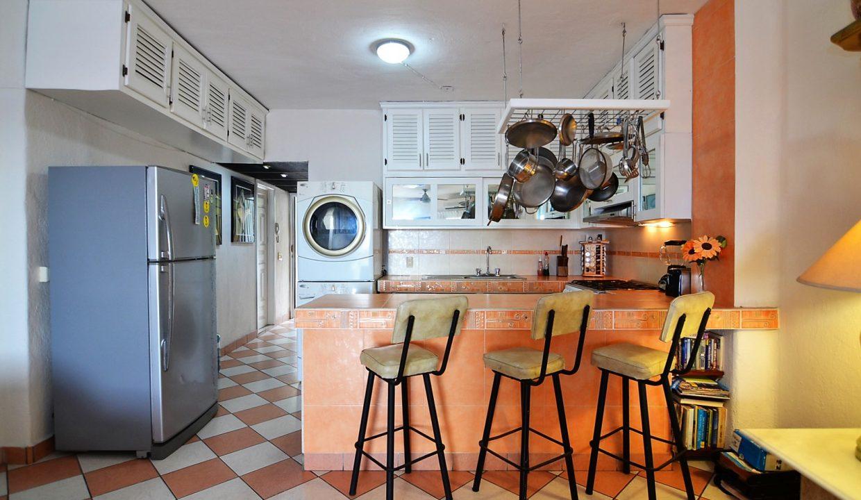 Condo Villa Santa Barbara 5 - 1 BD 1BA AMAPAS ALMAR RESORT LOS MUERTOS BEACH LONG TERM RENTAL PUERTO VALLARTA (9)