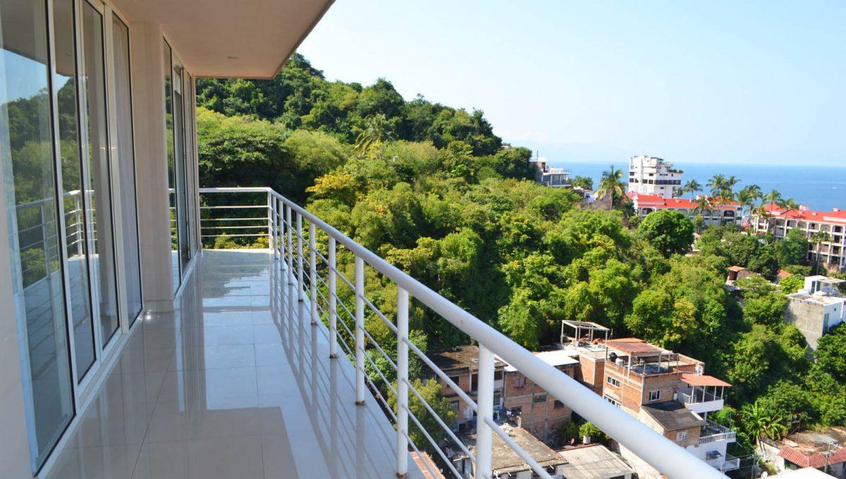 torre-rich-coast-8-puerto-vallarta-condo-for-rent-5-de-diciembre-3