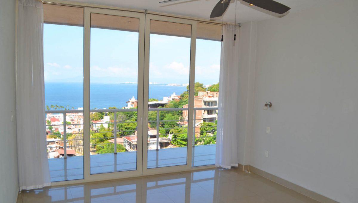 torre-rich-coast-8-puerto-vallarta-condo-for-rent-5-de-diciembre-9