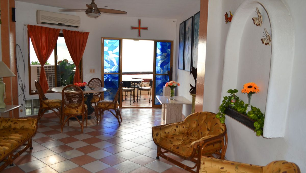 villa-santa-barbara-1bd-amapas-puerto-vallarta-condo-rental-12