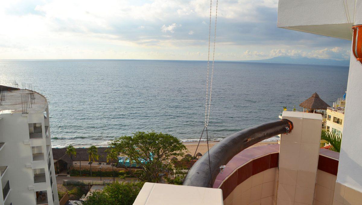 villa-santa-barbara-1bd-amapas-puerto-vallarta-condo-rental-36