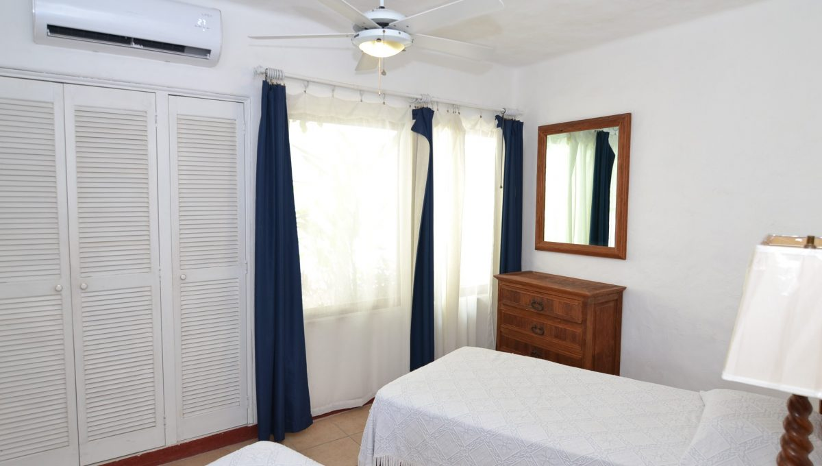 Condo Caracoles 3 - Conchas Chinas Puerto Vallarta Condo For Rent (24)