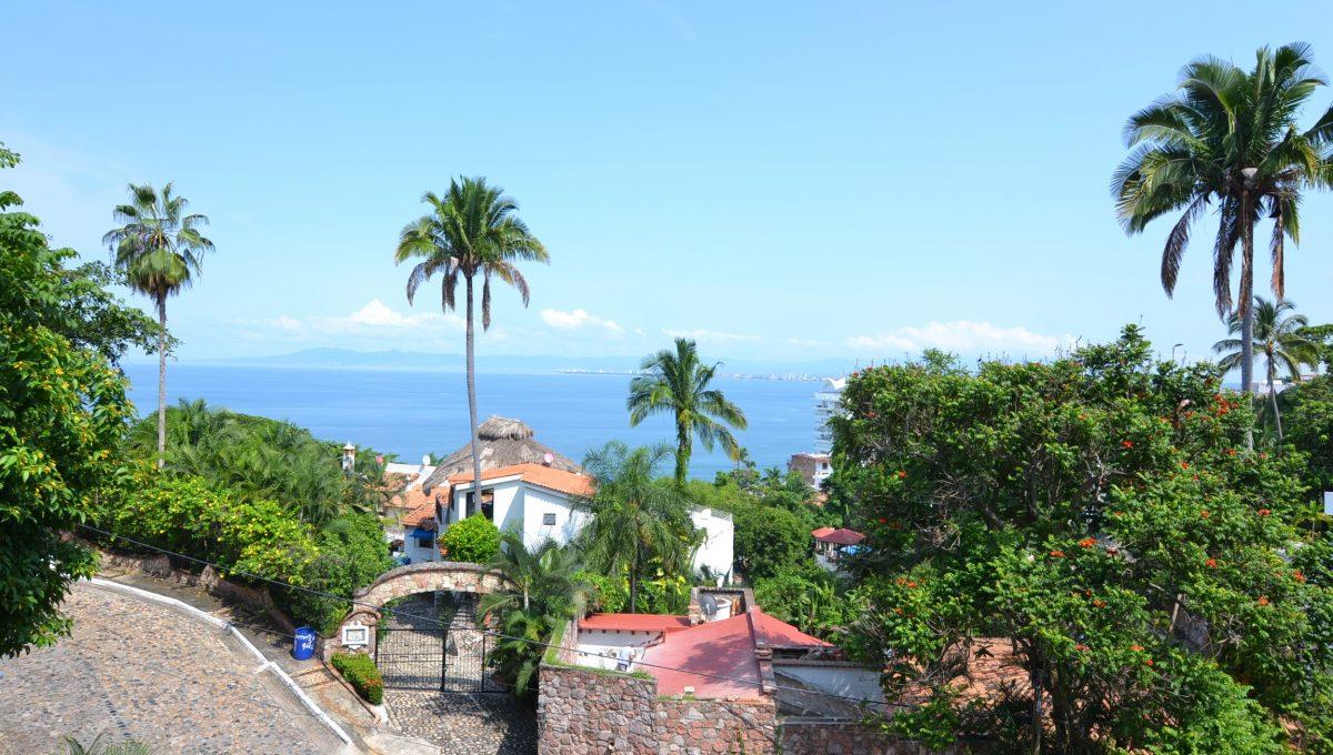 Condo Caracoles 3 - Conchas Chinas Puerto Vallarta Condo For Rent (4)