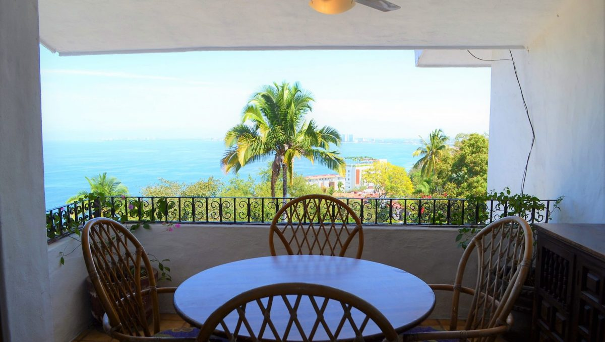 Condo Caracoles 8 - Conchas Chinas Puerto Vallarta Apartment For Rent (10)