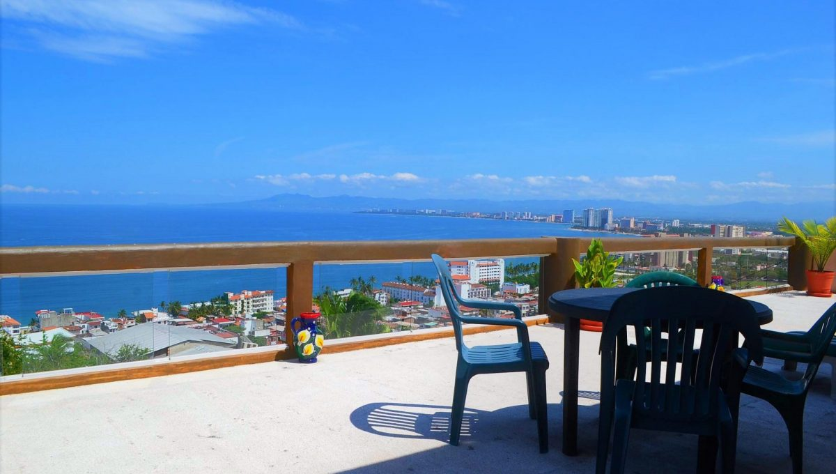 Apartment Costa Rica 6- 2 BD + Loft- 5 de Diciembre Puerto Vallarta Condo Rental Vacation Long Term (1)