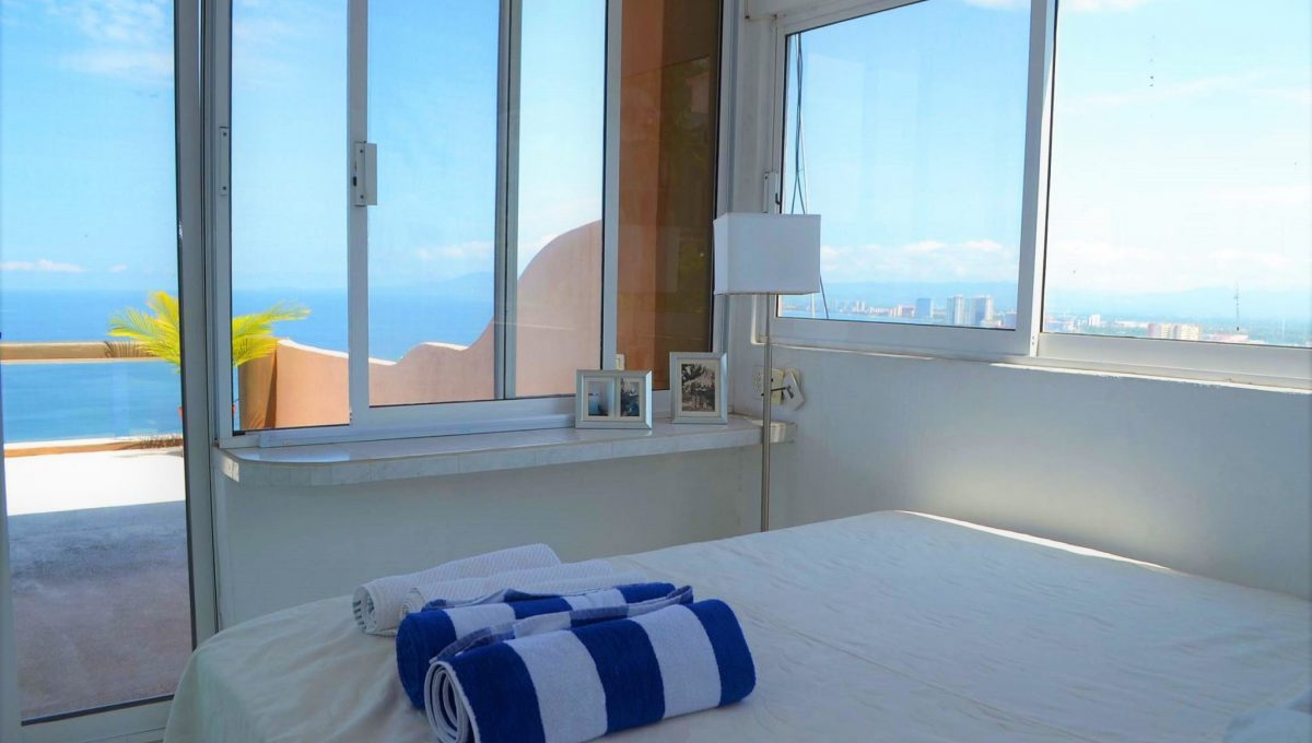 Apartment Costa Rica 6- 2 BD + Loft- 5 de Diciembre Puerto Vallarta Condo Rental Vacation Long Term (11)