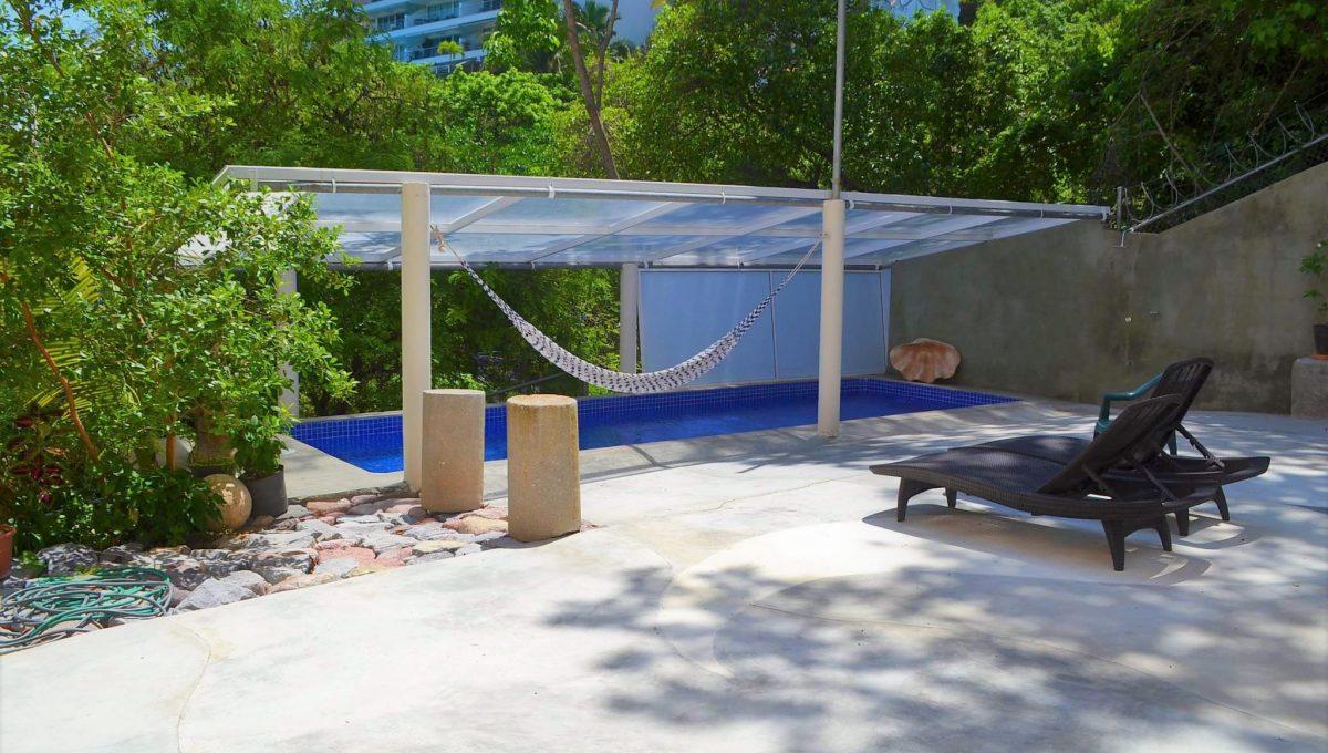 Costa Rica 5 de Diciembre Pool Area (1)