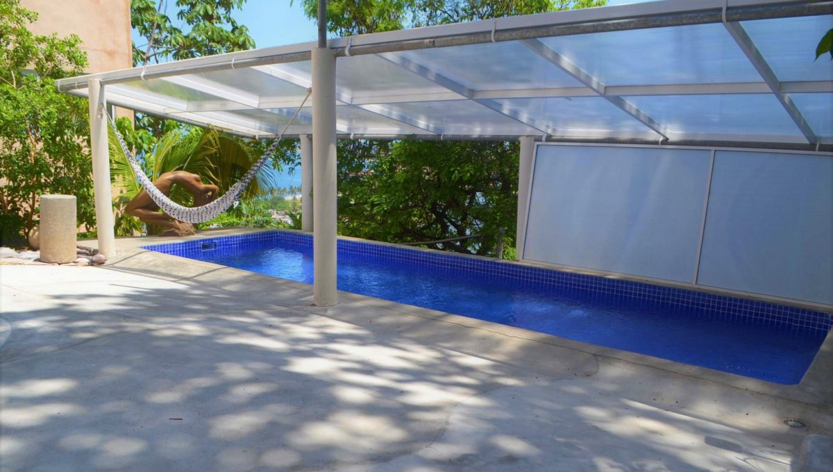 Costa Rica 5 de Diciembre Pool Area (2)