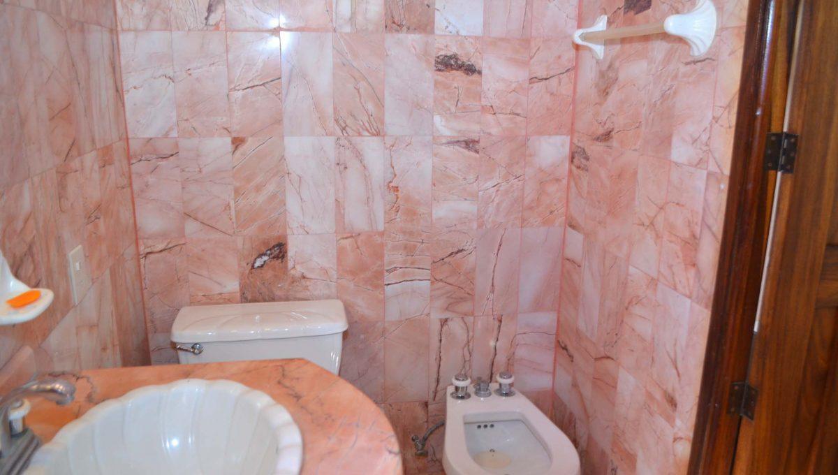 Casa Acosta - 5 de Diciembre Long Term House Rental Furnished (20)
