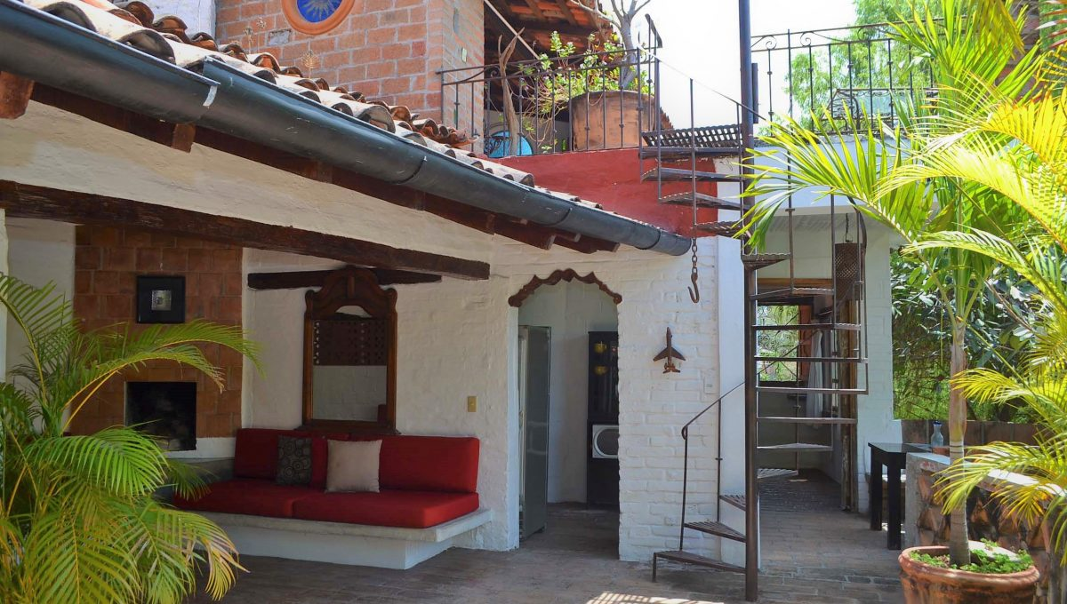 Casita Amarilla - Gringo Gulch Outdoor Living Vacation Rental Puerto Vallarta (7)