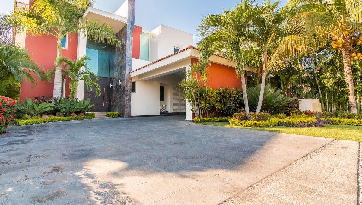 Casa-Paseo-de-las-Mariposas-121-El-Tigre-Golf-Course-Nuevo-Vallarta-Mexico-Puerto Vallarta Long Term Furnished House For Rent (1)