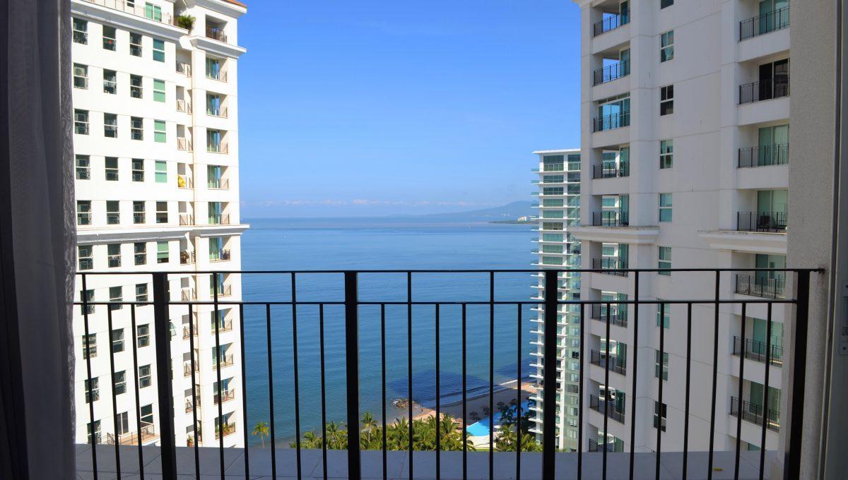 Grand Venetian 2 Bedroom Puerto Vallarta Vacation Condo For Rent - Puerto Vallarta Dream Rentals (18)