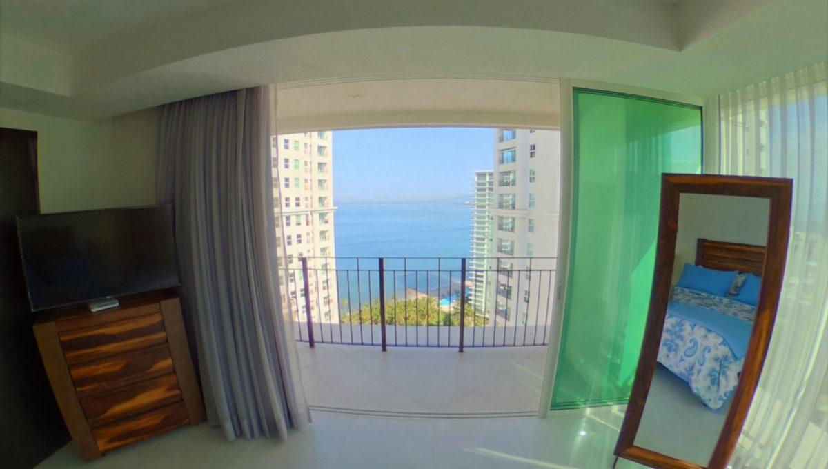 WIDE - Grand Venetian 2 Bedroom Puerto Vallarta Vacation Condo For Rent - Puerto Vallarta Dream Rentals (11)