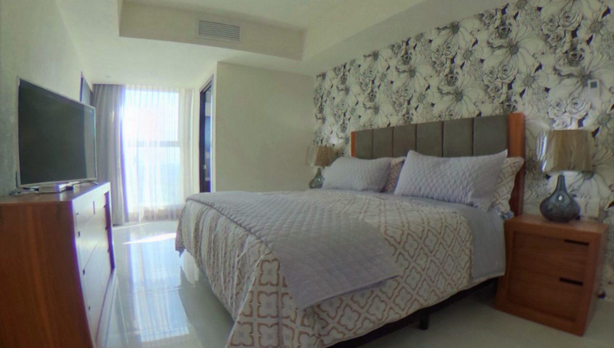 WIDE - Grand Venetian 2 Bedroom Puerto Vallarta Vacation Condo For Rent - Puerto Vallarta Dream Rentals (2)