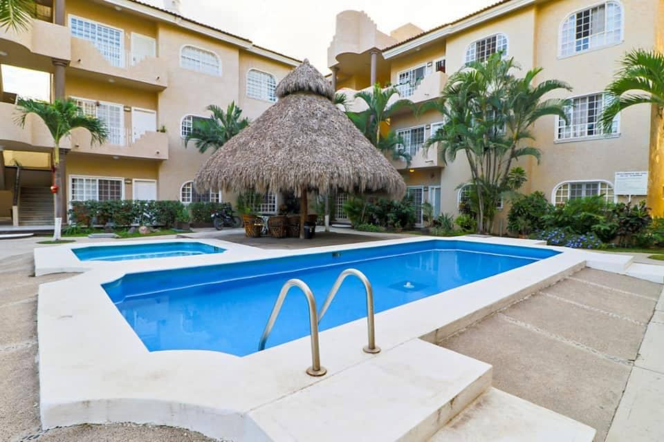 Guacamayo Pool Aerial