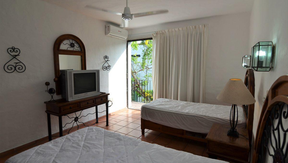 Marbella 8 PH 2BD1BA Puerto Vallarta Rental Long Term Furnished (4)