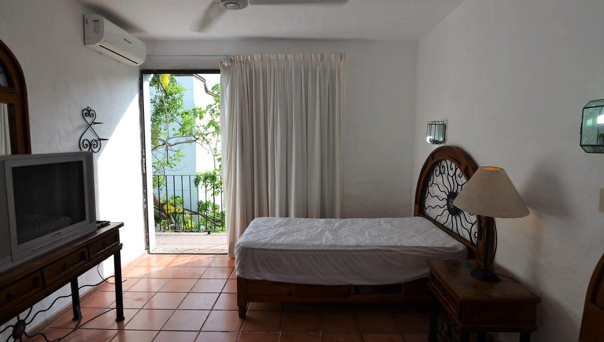 Marbella 8 PH 2BD1BA Puerto Vallarta Rental Long Term Furnished (5)