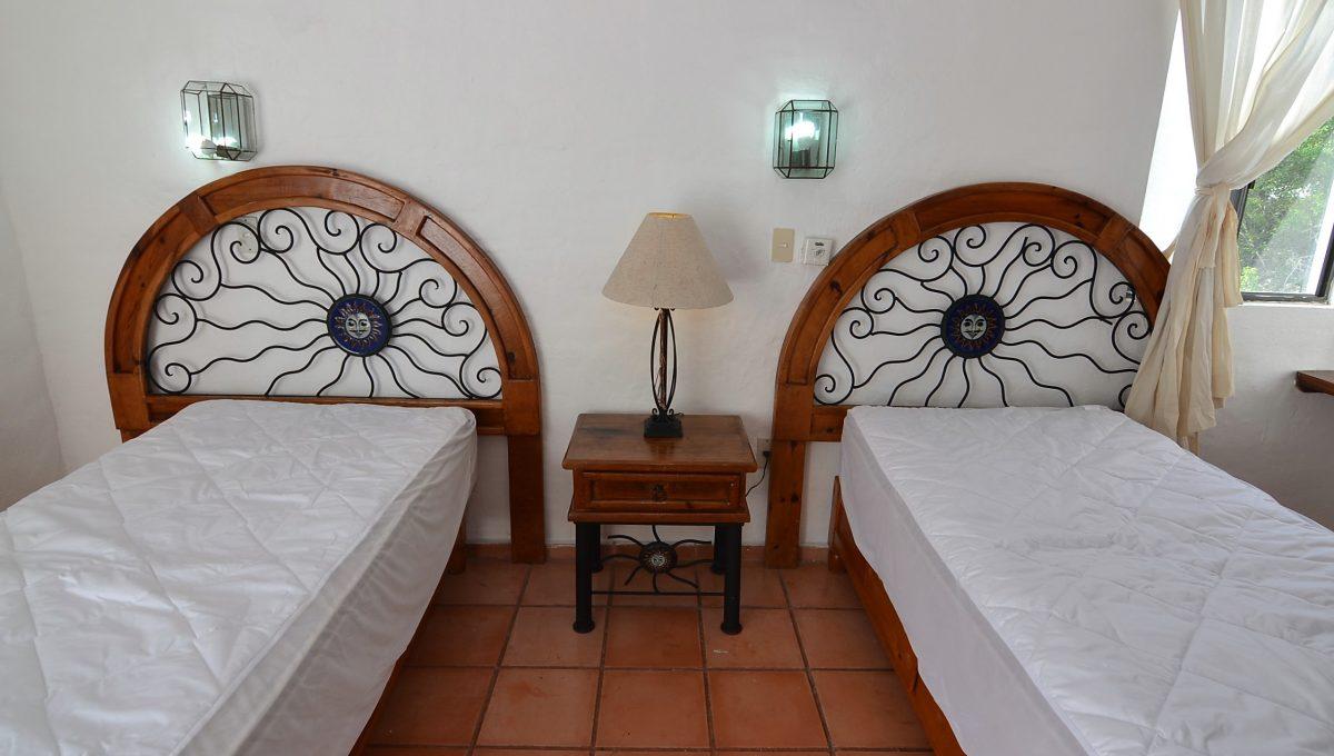 Marbella 8 PH 2BD1BA Puerto Vallarta Rental Long Term Furnished (7)
