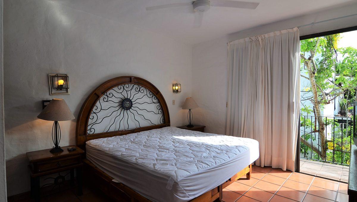 Marbella 8 PH 2BD1BA Puerto Vallarta Rental Long Term Furnished (8)