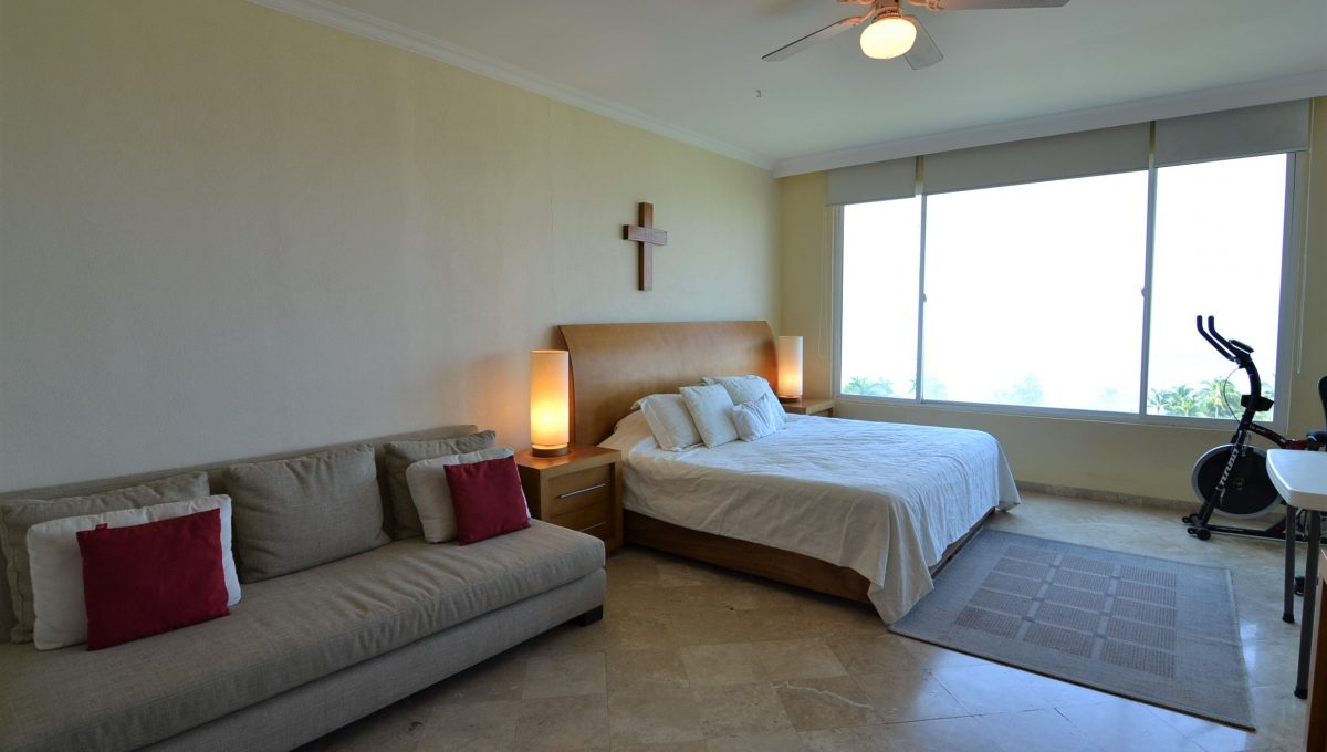 Condo Caracoles 1005 3 bd 3ba - Marina Vallarta Puerto Vallarta Long Term Rental (21)