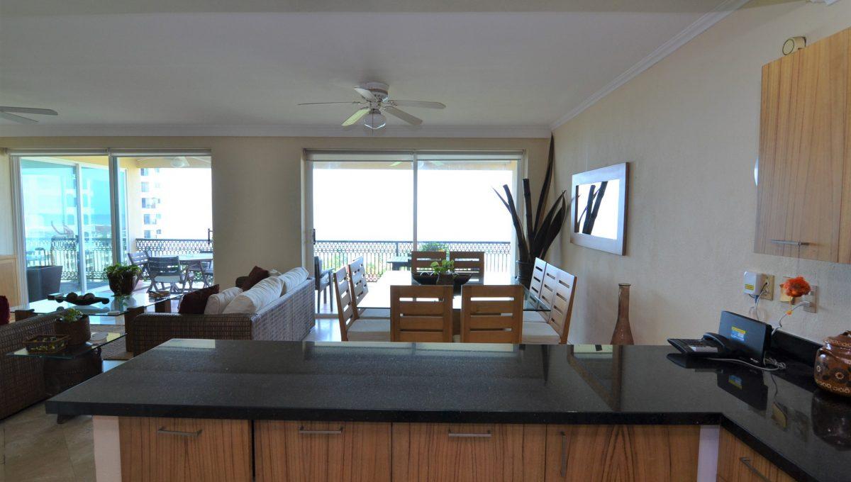 Condo Caracoles 1005 3 bd 3ba - Marina Vallarta Puerto Vallarta Long Term Rental (6)
