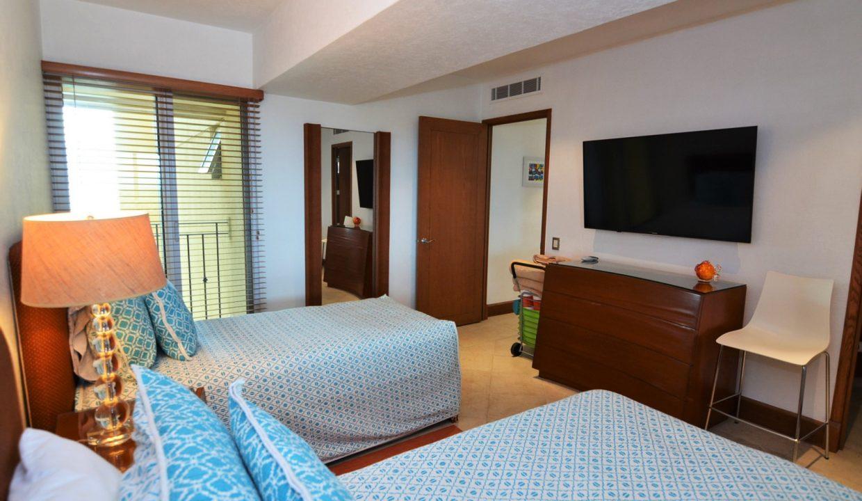 Condo Portofino 1104 3BD 3BA For Rent Marina Vallarta (11)