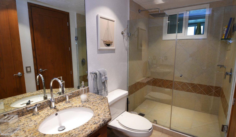 Condo Portofino 1104 3BD 3BA For Rent Marina Vallarta (14)
