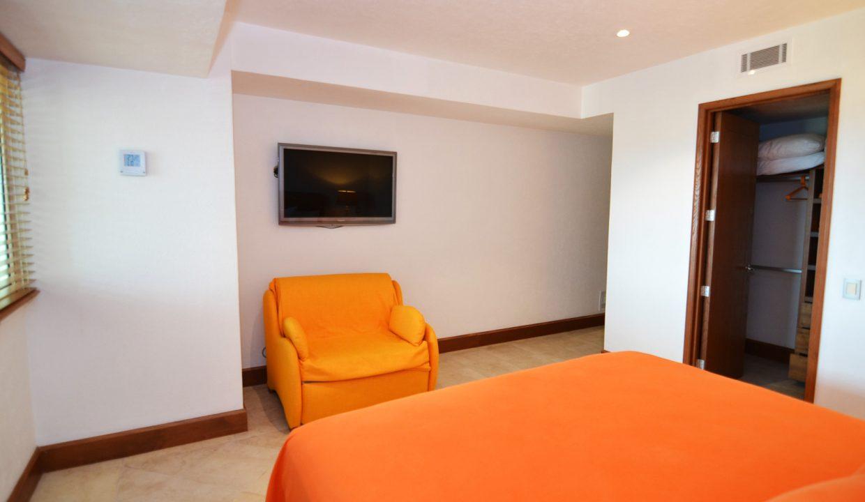 Condo Portofino 1104 3BD 3BA For Rent Marina Vallarta (19)