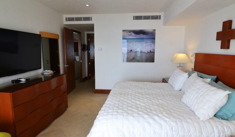Condo Portofino 1104 3BD 3BA For Rent Marina Vallarta (27)