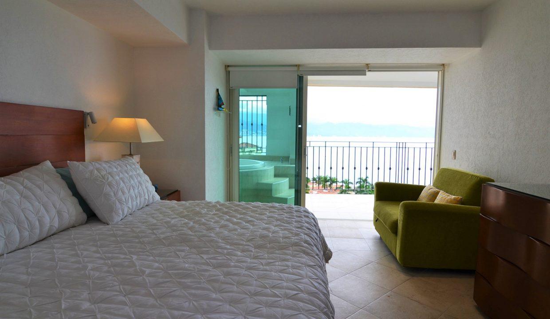 Condo Portofino 1104 3BD 3BA For Rent Marina Vallarta (28)