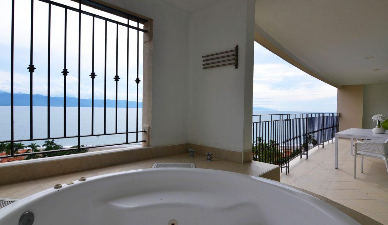 Condo Portofino 1104 3BD 3BA For Rent Marina Vallarta (34)