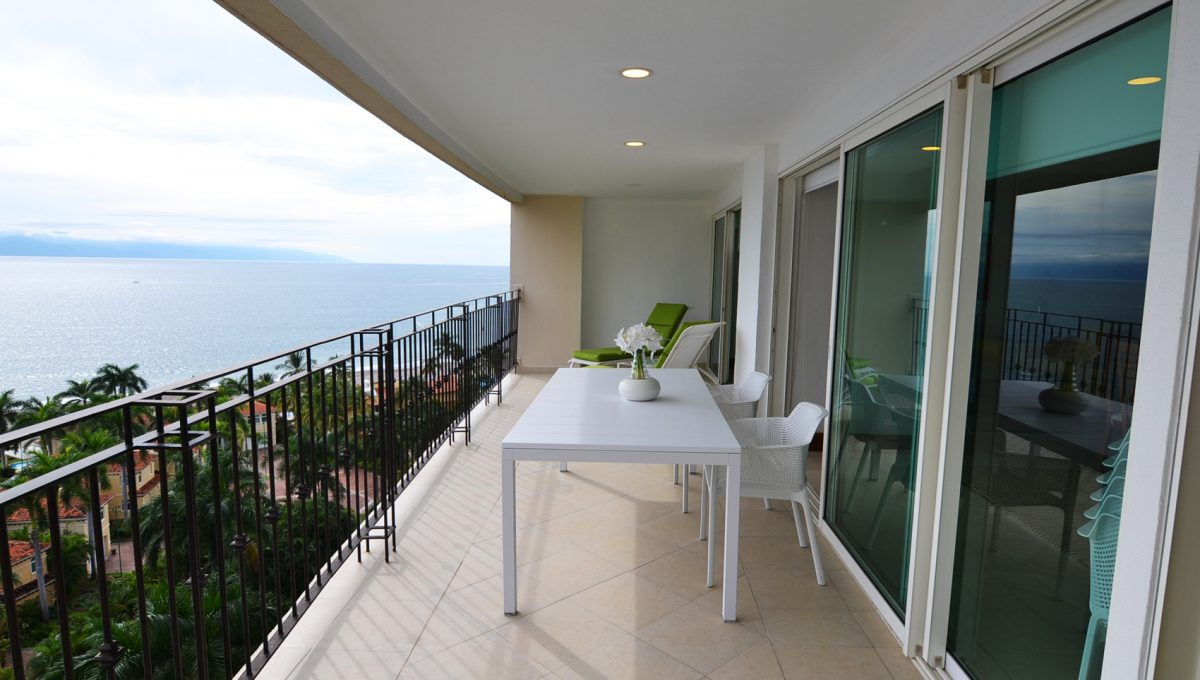 Condo Portofino 1104 3BD 3BA For Rent Marina Vallarta (38)