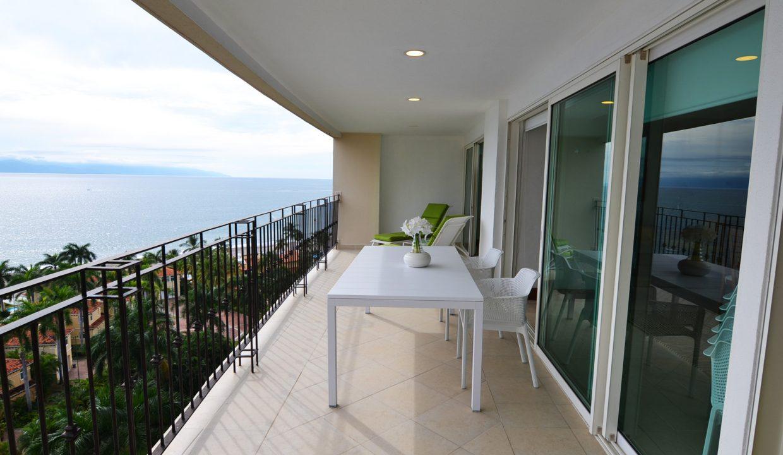 Condo Portofino 1104 3BD 3BA For Rent Marina Vallarta (38)