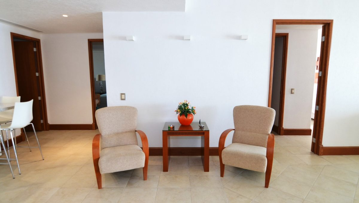 Condo Portofino 1104 3BD 3BA For Rent Marina Vallarta (8)