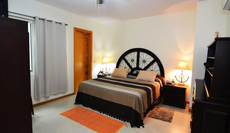 Condo Joy - Emiliano Zapata Romantic Zone Old Town Puerto Vallarta Condo For Rent Mexico Furnished (114)