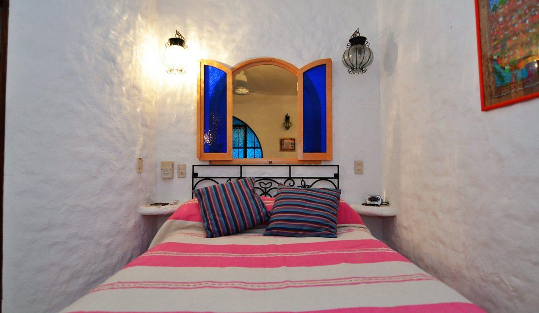 Casa Carrie Romantic Zone - Puerto Vallarta Vacation Rental 2BD 2 (40)
