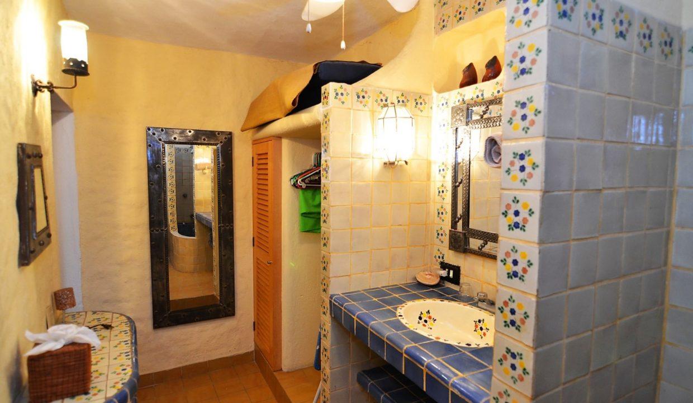 Casa Carrie Romantic Zone - Puerto Vallarta Vacation Rental 2BD 2 (43)