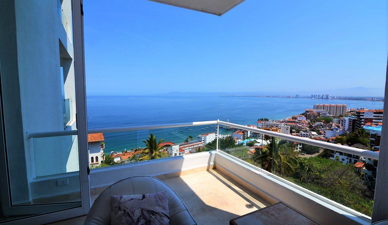 Condo Peñas de Teresa 401 - Amapas Puerto Vallarta Long Term Furnished Rental Vallarta Dream (10)