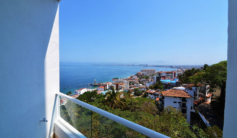 Condo Peñas de Teresa 401 - Amapas Puerto Vallarta Long Term Furnished Rental Vallarta Dream (31)