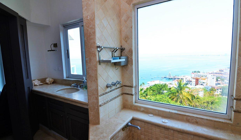 Condo Peñas de Teresa 401 - Amapas Puerto Vallarta Long Term Furnished Rental Vallarta Dream (36)