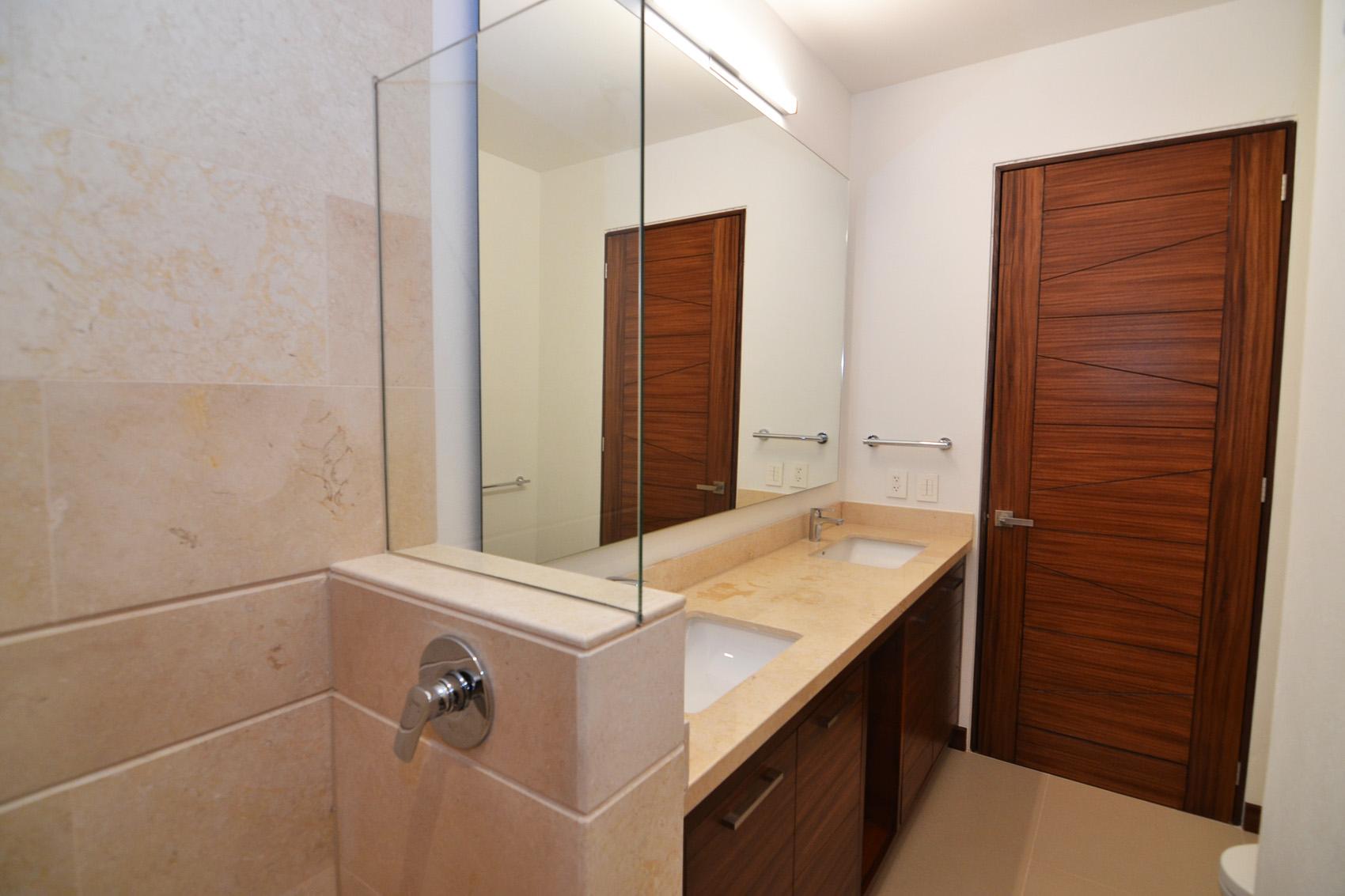 Condo VMarina PH10 - Puerto Vallarta Luxury Condo For Rent (16)
