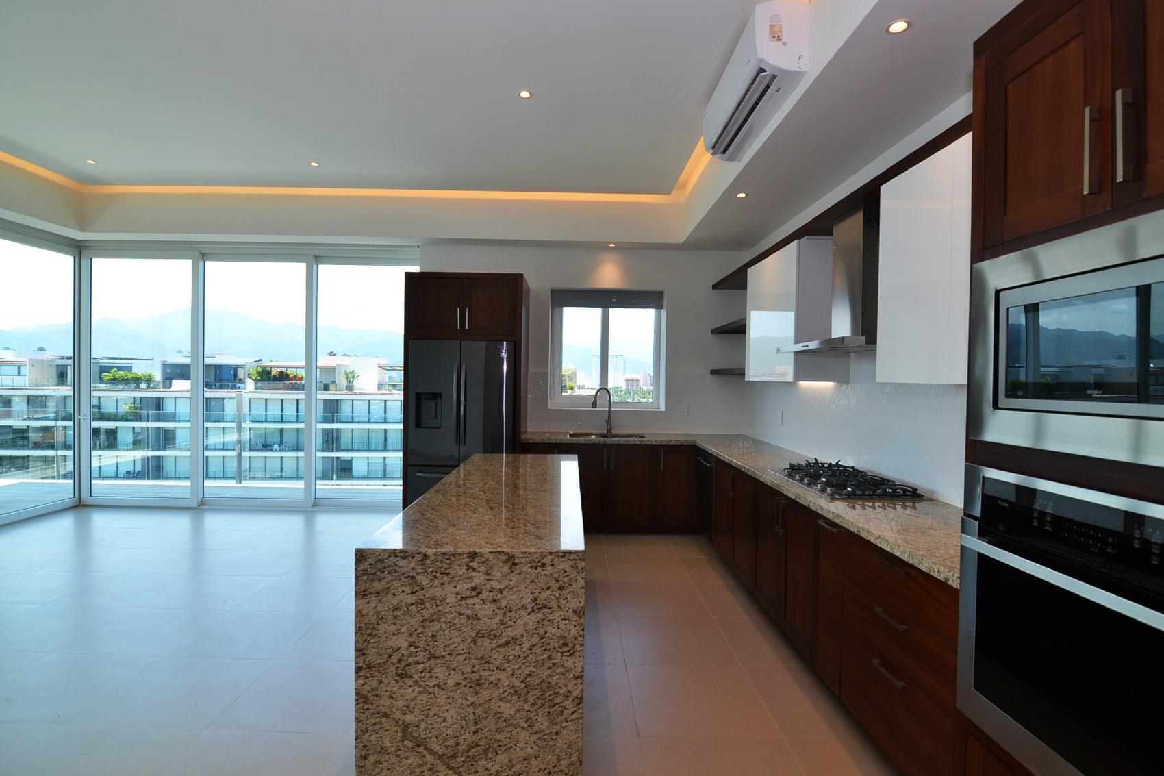 Condo VMarina PH10 - Puerto Vallarta Luxury Condo For Rent (39)