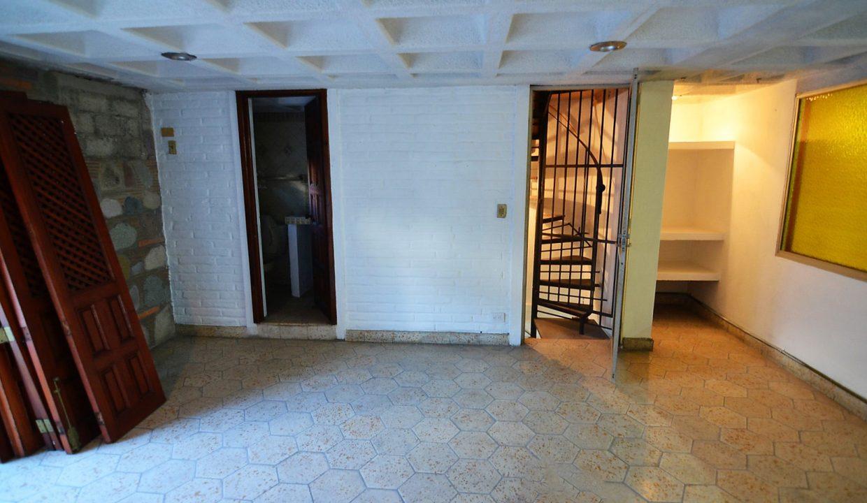 Local Juarez - Puerto Vallarta Commercial Space For Rent Centro Downtown (10)